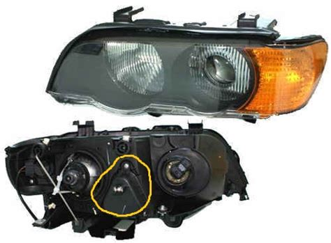 2001 bmw x5 headlight is this pic included