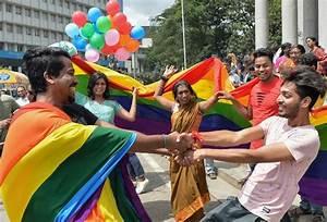 Landmark India ruling ends gay sex ban | Daily Tribune