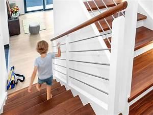 Halbgewendelte Treppe Mit Podest : treppen formsch n von h chster qualit t schwoererhaus ~ Markanthonyermac.com Haus und Dekorationen