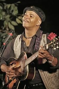 Guy Davis - Blues Musician