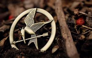 The Hunger Games Part 2: On the Girl with the Pin | REAL.