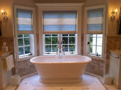 install  freestanding bath