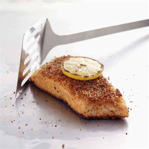 cuisine fut saumon saumon gratiné pour 6 personnes recettes à table