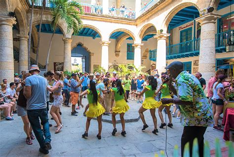 The presentations have led the world diverse repertoires in large format, but also chamber music. Cuba's International Dance Festival kicks off next Monday ...