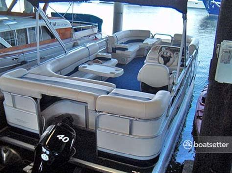 Pontoon Boat Rental Seattle Wa by Rent A Sunchaser By Smoker Craft 820 Cruise In Seattle Wa