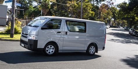 Toyota Hiace by 2016 Toyota Hiace Lwb Review Caradvice