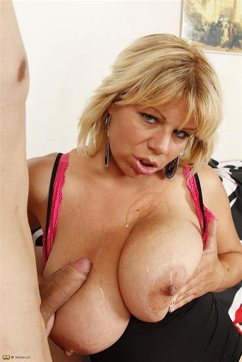 Blonde Milf Flavia Offer Her Big Melons Milf Fox