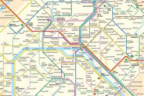 decoration chambre bebe lignes du réseau de métro parisien