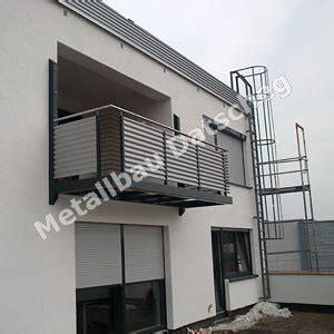 Balkon Aus Metall by Metallbau Balkone Balkon Metall Balkon Fliesen
