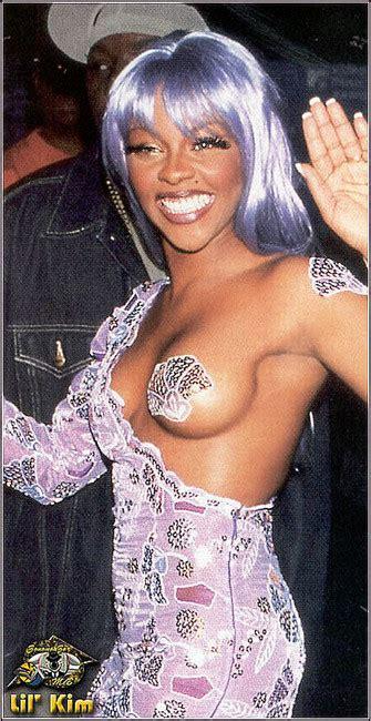 Celebrity Black Singer Lil Kim Shaved Pussy Flash Porn