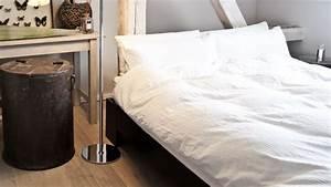 Housse De Couette Blanche : housse de couette blanche pour un joli lit westwing ~ Teatrodelosmanantiales.com Idées de Décoration