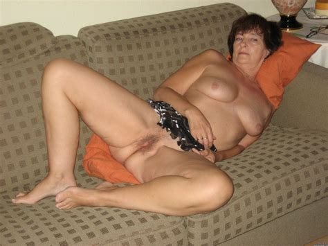 Gm7628811 Porn Pic From Geile Oma Schlampen Horny