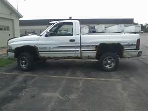 Purchase Used 1995 Dodge Ram Magnum Slt Pickup  4 X 4  Read Description In Juneau  Wisconsin