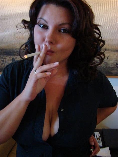 Smokin Kat Valentine