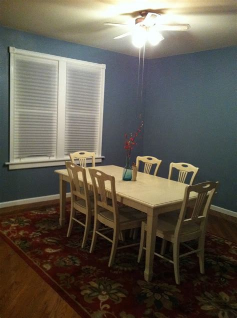 benjamin moores van courtland blue dining room blue