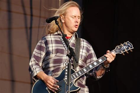 alice  chains guitarist jerry cantrell honoured