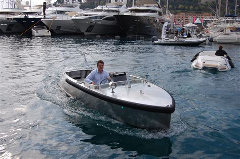Electric Boat by Bolt Electric Boat