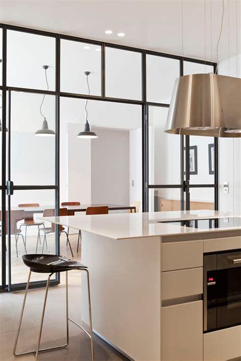 cloison cuisine cuisine avec cloison en verre