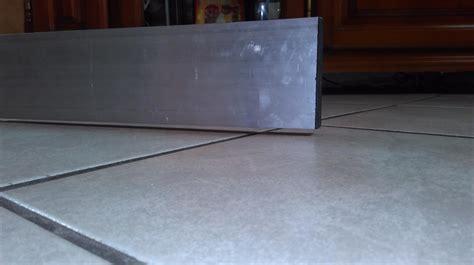 carrelage sol pour cuisine pose de lame pvc clipsable