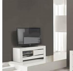 Petit Meuble Tele : petite table tele mobilier design d coration d 39 int rieur ~ Farleysfitness.com Idées de Décoration