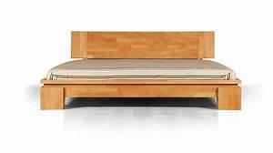 Lit En Bois Massif : photo lit en bois solutions pour la d coration int rieure de votre maison ~ Teatrodelosmanantiales.com Idées de Décoration
