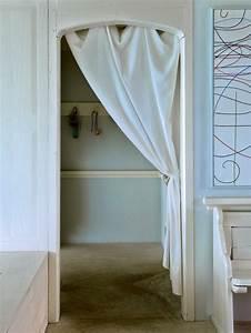 Schrank Mit Vorhang : 1001 ideen f r ankleidezimmer m bel zum erstaunen ~ Michelbontemps.com Haus und Dekorationen