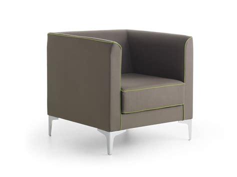 Mizar 01, Poltrona Lineare Dal Design Moderno, Per Ufficio