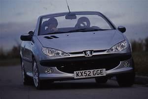 Peugeot 206 Cc : peugeot 206 cc sub 1k best cheap convertibles auto express ~ Medecine-chirurgie-esthetiques.com Avis de Voitures