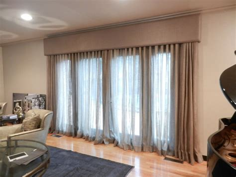 Window Cornice by Linen Window Treatment Cornice Boards Great Way To Tone