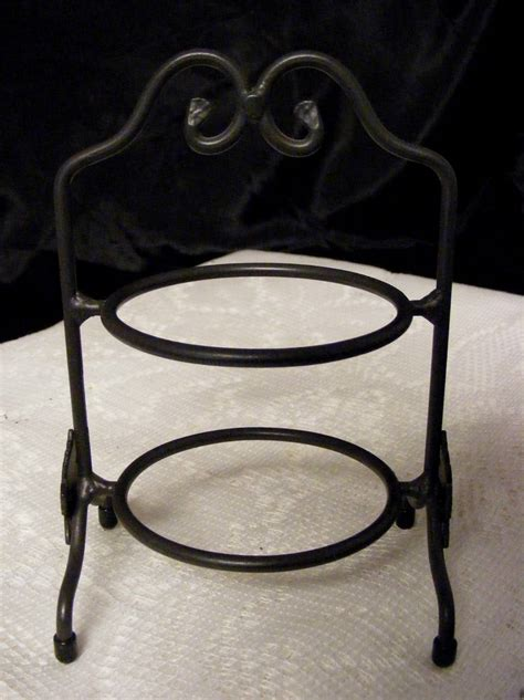 tier  tall wrought iron longaberger pie plate rack stand maple leaf design ebay