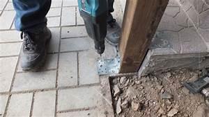 Comment Fixer Un Poteau Bois Au Sol : 4 m thodes de fixation sur un support b ton ~ Dailycaller-alerts.com Idées de Décoration