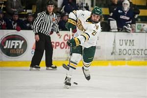 UVM Hockey Has Best Start Since 1987   Vermont Public Radio