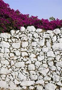 Gartenmauern Aus Naturstein : natursteinmauer setzen anleitung in 6 schritten ~ Sanjose-hotels-ca.com Haus und Dekorationen