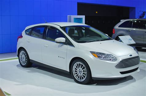 ford electric ford focus electric 105 mpge 76 mile range the truth