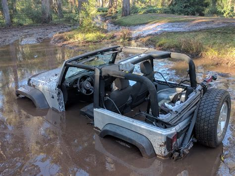 jeep stuck in mud meme 100 jeep stuck in mud meme 1158 best jeeps images