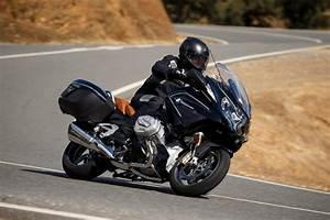 Bmw R 1250 Rt : bmw motorrad officially unveils new 2019 r 1250 gs and r 1250 rt bikesrepublic ~ Melissatoandfro.com Idées de Décoration