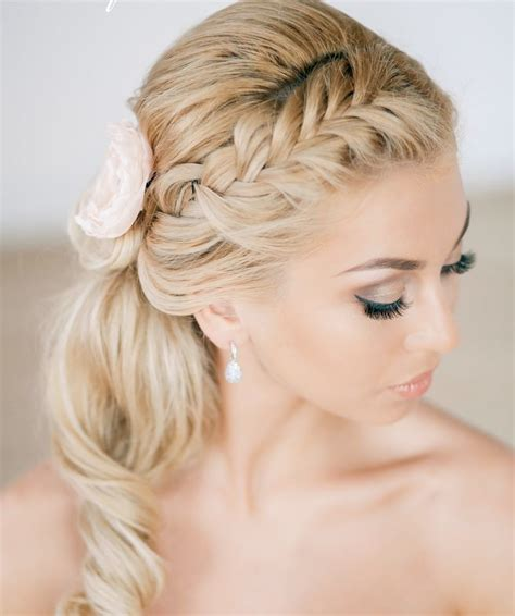 creative  unique wedding hairstyle ideas modwedding