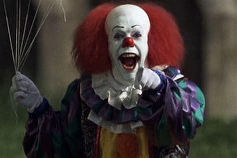 real life   creepy clown   lure kids  woods