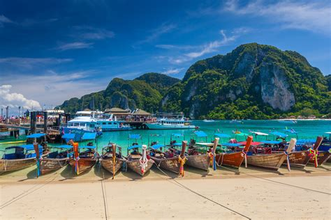 Traveling in Thailand During High Season: What to Know