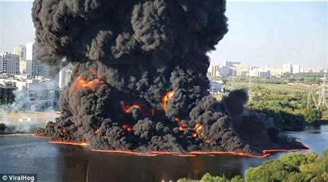 moscow river explode  flames  oil spill