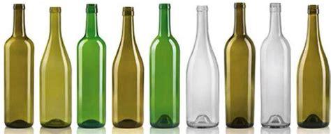 la botella de vidrio la noche en vino