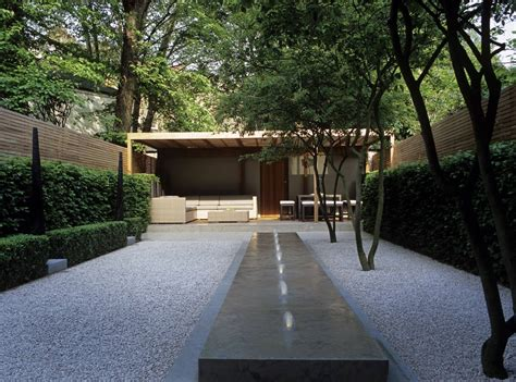 Garden Minimalist by Minimalism To The Max How To Spend It