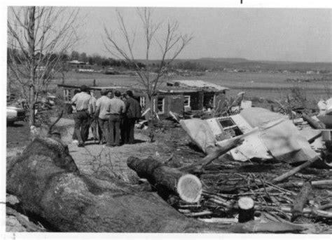 tornado  huntsville alabama april   winter