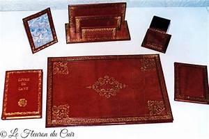 Parure De Bureau : parure de bureau en cuir le fleuron du cuir ~ Teatrodelosmanantiales.com Idées de Décoration