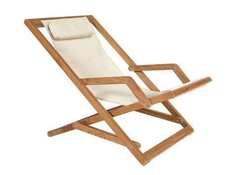 chaise longue de cing pliante chaise longue d interieur design 1 chaise longue pliante en teck chilienne en bois pliante