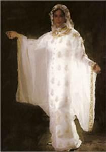 Traditional Saudi Arabian Wedding Dress   Traditional ...