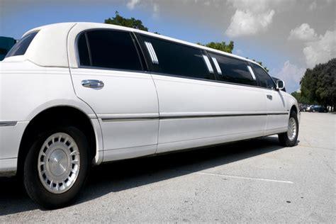 Vegas Limousine Service by Limo Service Reviews Exporing Las Vegas