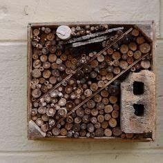 Nichoir A Insecte : nichoir insectes nichoirs mangeoires et abris pinterest ~ Premium-room.com Idées de Décoration