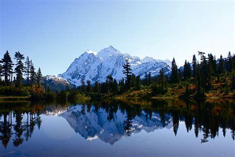 Picture Lake Mt. Baker, Washington