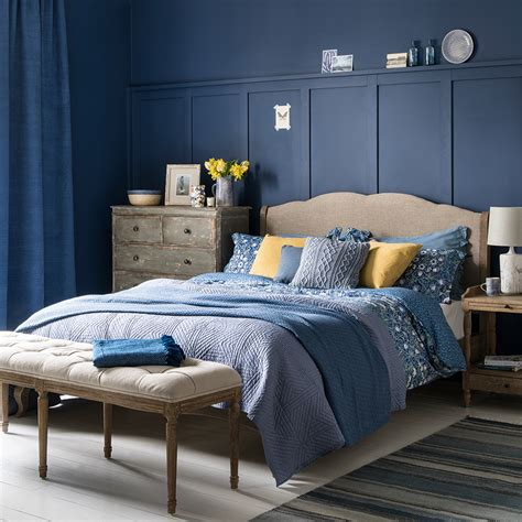Bedroom Design Ideas Blue Walls by Blue Bedroom Ideas See How Shades From Teal To Navy Can